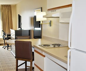 Kitchen, Furnished Studio - Meadowlands - East Rutherford