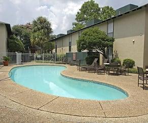 Pool, Shadow Creek