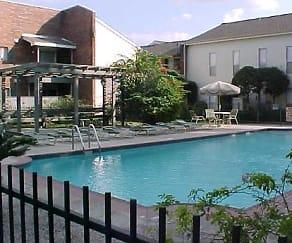 Pool, Crossview Court