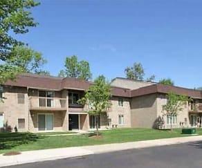 Building, Windsor Woods Apartments