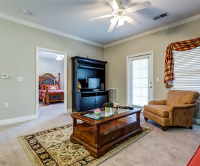 Living Room, Carolina Place Apartments