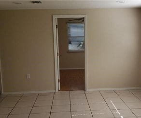 38405 Jendral Ave, Zephyrhills, FL