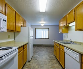 Kitchen, Maple Point Apartments