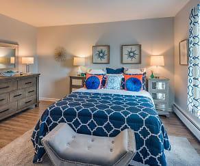 Bedroom, Arrowhead Apartments
