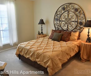 Bedroom, Highland Hills