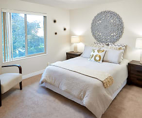 Bedroom, Donna Manor