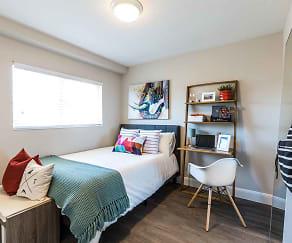 Bedroom, Mountain Run