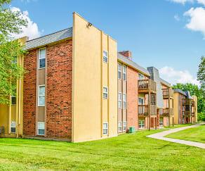 Building, Summerset Apartments