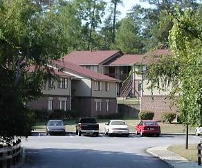 Building, Cross Creek Apartments
