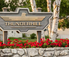 Building, Thunderhill Estates