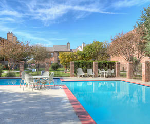 Pool, Remington Apartments