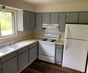 Kitchen, Mackinaw Heights Apartments