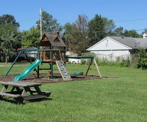 Playground, Stonebrook Apartments