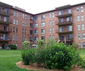 Brooklawn Apartments, Carroll Valley, PA