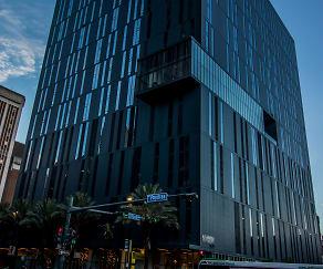 Building, 930 Poydras