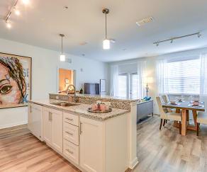 Kitchen, Lola Apartments