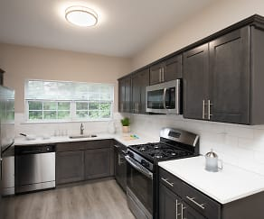 Kitchen, Fair Lawn Commons