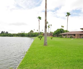 Lake, Lakeside Apartments