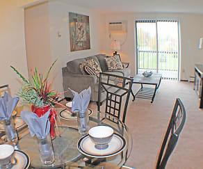 Condor Garden Apartments, Grafton, OH