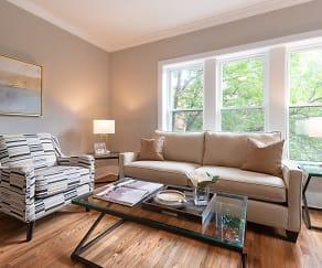 Living Room, 6701 N. Glenwood