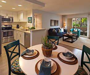 Dining Room, Solazzo Apartment Homes