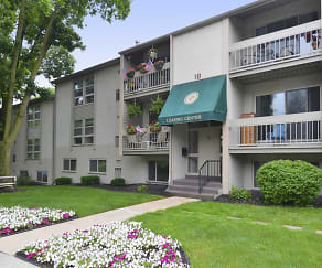Plaza Apartments, Mount Gretna Heights, PA
