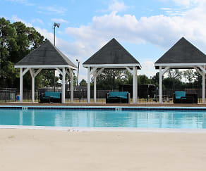 Pool, Arden Pointe