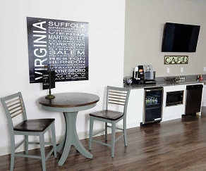Dining Room, Sterling King Apartments