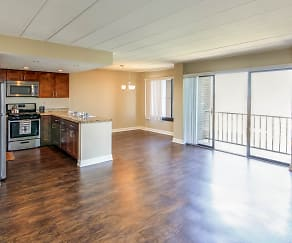 Newly remodeled apartments with beautiful views from private balconies, Grandview Pointe