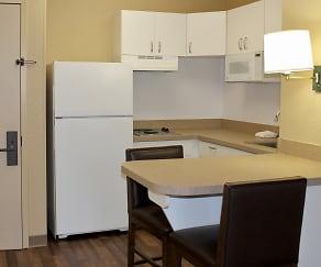 Kitchen, Furnished Studio - Houston - Galleria - Uptown