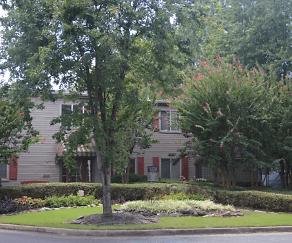 Building, Mill Creek Apartments