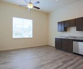 Kitchen, Midtown Apartments