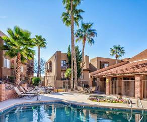 Pool, Catalina Crossing