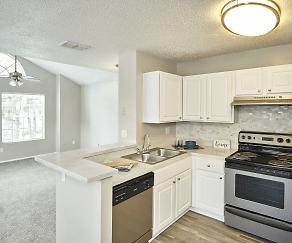 Kitchen, Avenue @Creekbridge