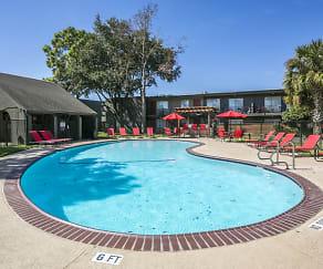 Pool, The Grand Hampton at Clear Lake