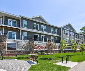 Building, 246 W Avenue Apartments