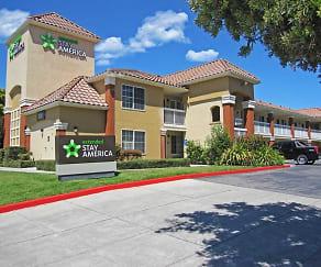 Building, Furnished Studio - San Jose - Milpitas - McCarthy Ranch