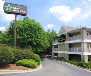 Building, Furnished Studio - Winston-Salem - Hanes Mall Blvd.