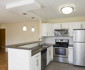 Kitchen, Parkwynn Apartments