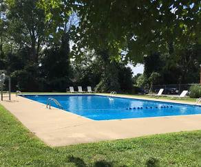 Pool, Robert Treat Apartments
