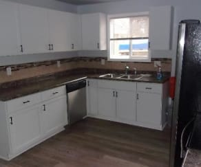 Kitchen, 3255 Coventry