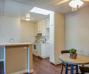 Kitchen, Brookhollow Apartments