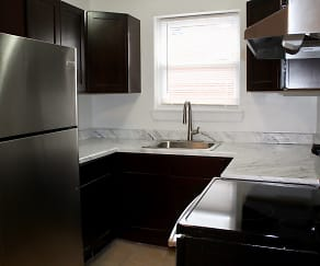 Kitchen, The Crossings at Elmwood