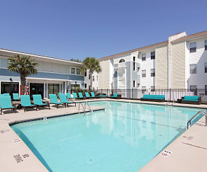 Pool, CEV Wilmington - PER BED LEASE