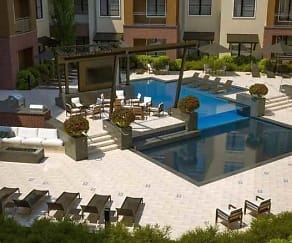 Pool, 46 Penn