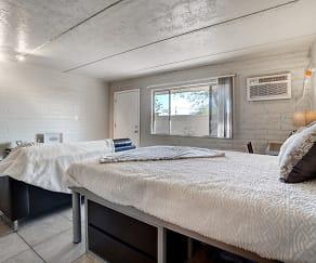 Bedroom, University Manor