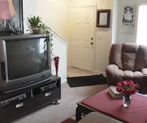 Living Room, Tyler's Creek