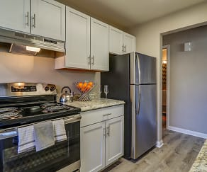 Kitchen, Adeline Circle Apartments