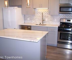 Kitchen, 550 S. Clay