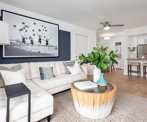Living Room, Cielo Boca